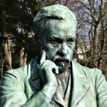 Louis Pasteur Statue - Cours St Mauris